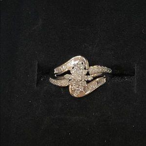 10k White Gold 1/3 carat diamond cluster ring